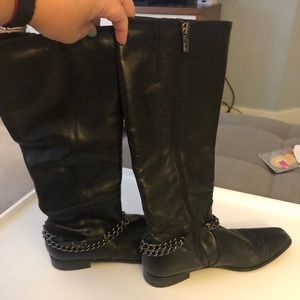 Black leather boots. Waterproof size 8.5